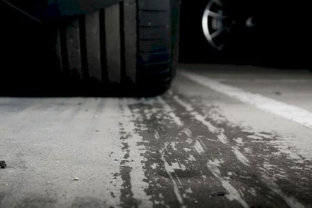 Distância de travagem: Um cálculo preventivo para uma condução mais segura!