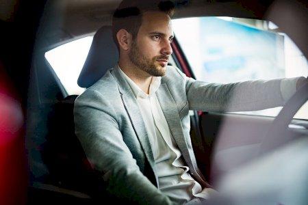 Ajuste a sua condução em prol da segurança e eficácia do seu carro!