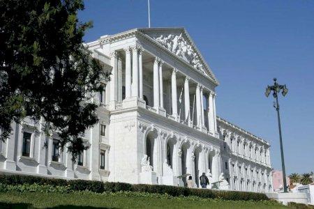 Atenção: Obrigatoriedade de documento da entidade patronal para deslocações ao trabalho