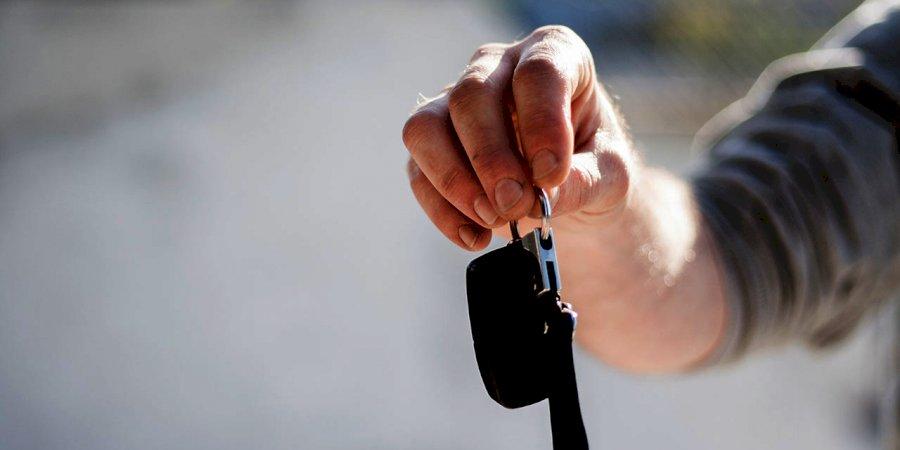 Conheça 10 dicas a ter em conta na compra do primeiro carro